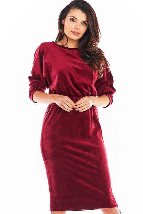 Modern női ruha, oldalán állítható hosszúságú