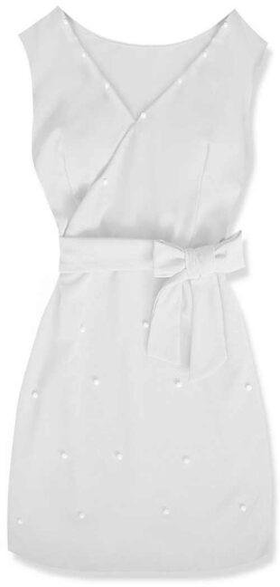 Elegáns fehér ruha dekoratív gyöngyökkel