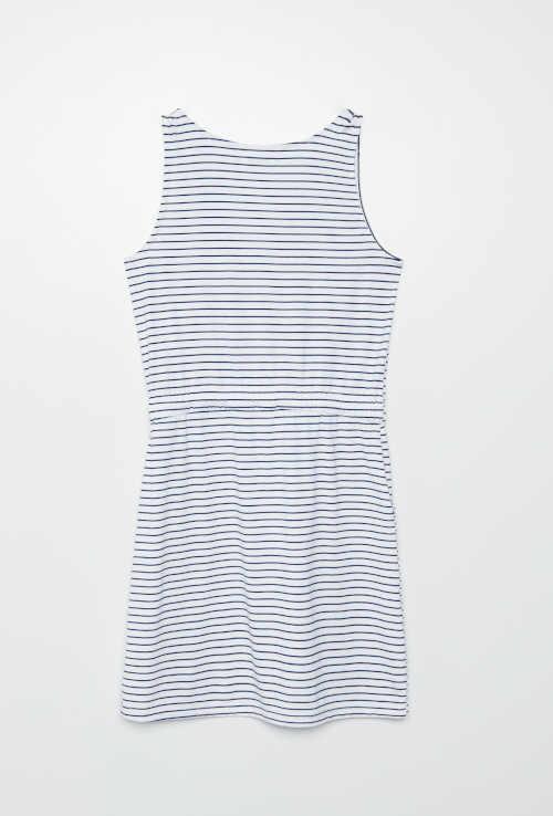 Modern ruha csíkos mintával