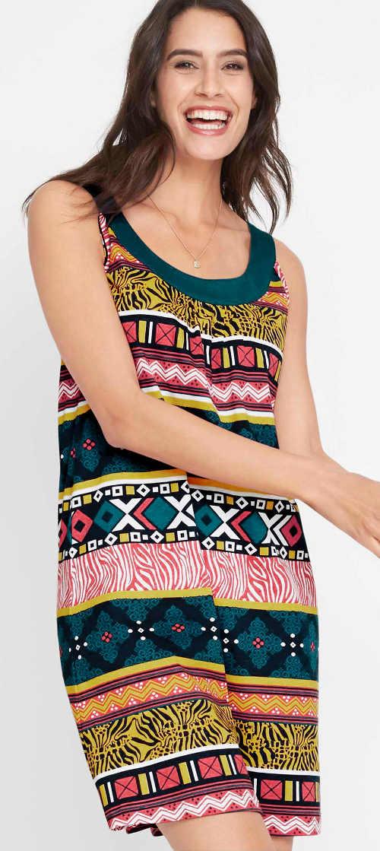 Egyszerű női nyári ruha etno mintával