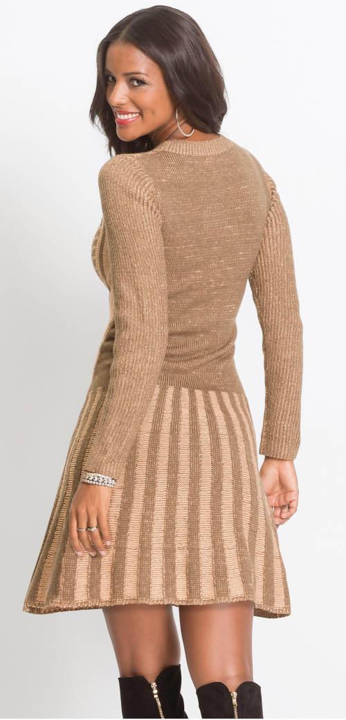 Barna téli kötött ruha