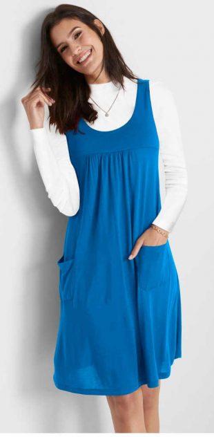 Kék női trükkös ruha zsebekkel kényelmes szabásban
