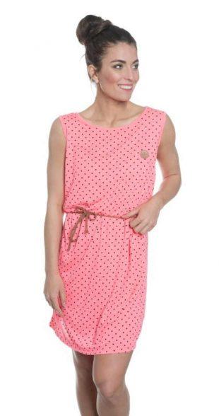 Rózsaszín nyári ruha kényelmes szabásban és modern pöttyökkel