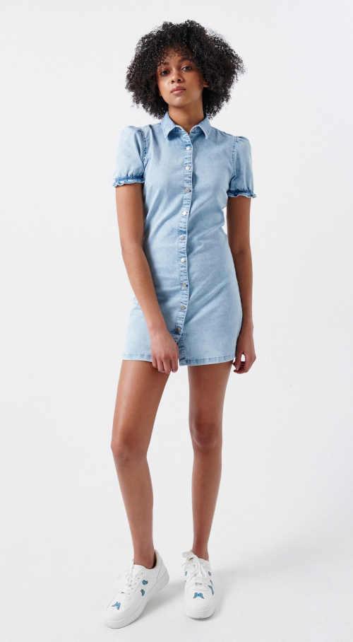 Szexi rövid hosszúságú farmerruha, elöl teljes hosszában záródó, elöl teljes hosszában záródó ruhával